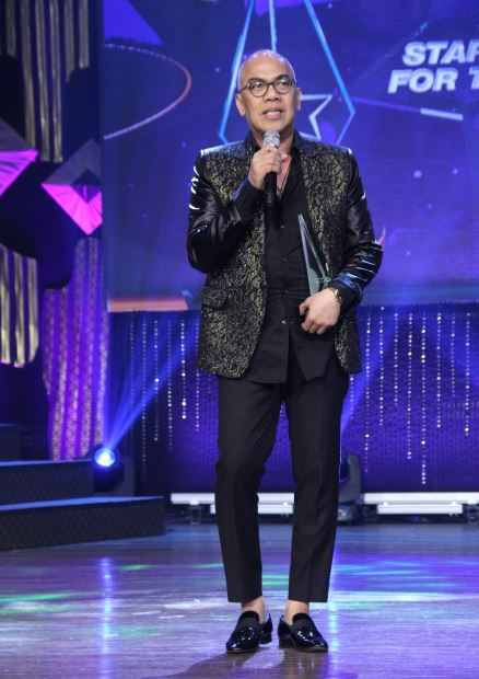 Boy Abunda was one of the Pinakamagiting na Personalidad sa Telebisyon in the 7th Kagitingan Awards