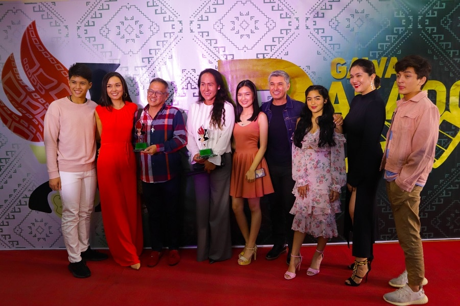 The cast of Kadenang Ginto at the Gawad PASADO