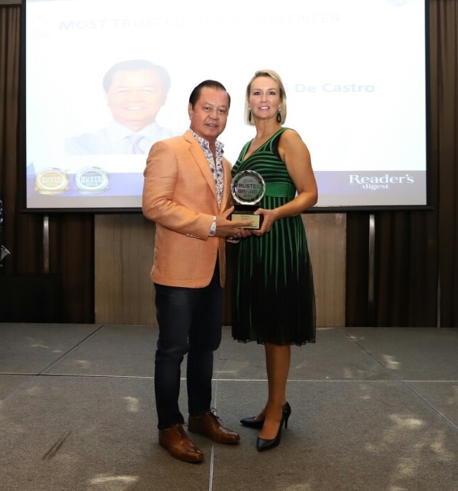 Noli De Castro wins Most Trusted TV News and Current Affairs Presenter at the Readers Digest Trusted Brands Awards