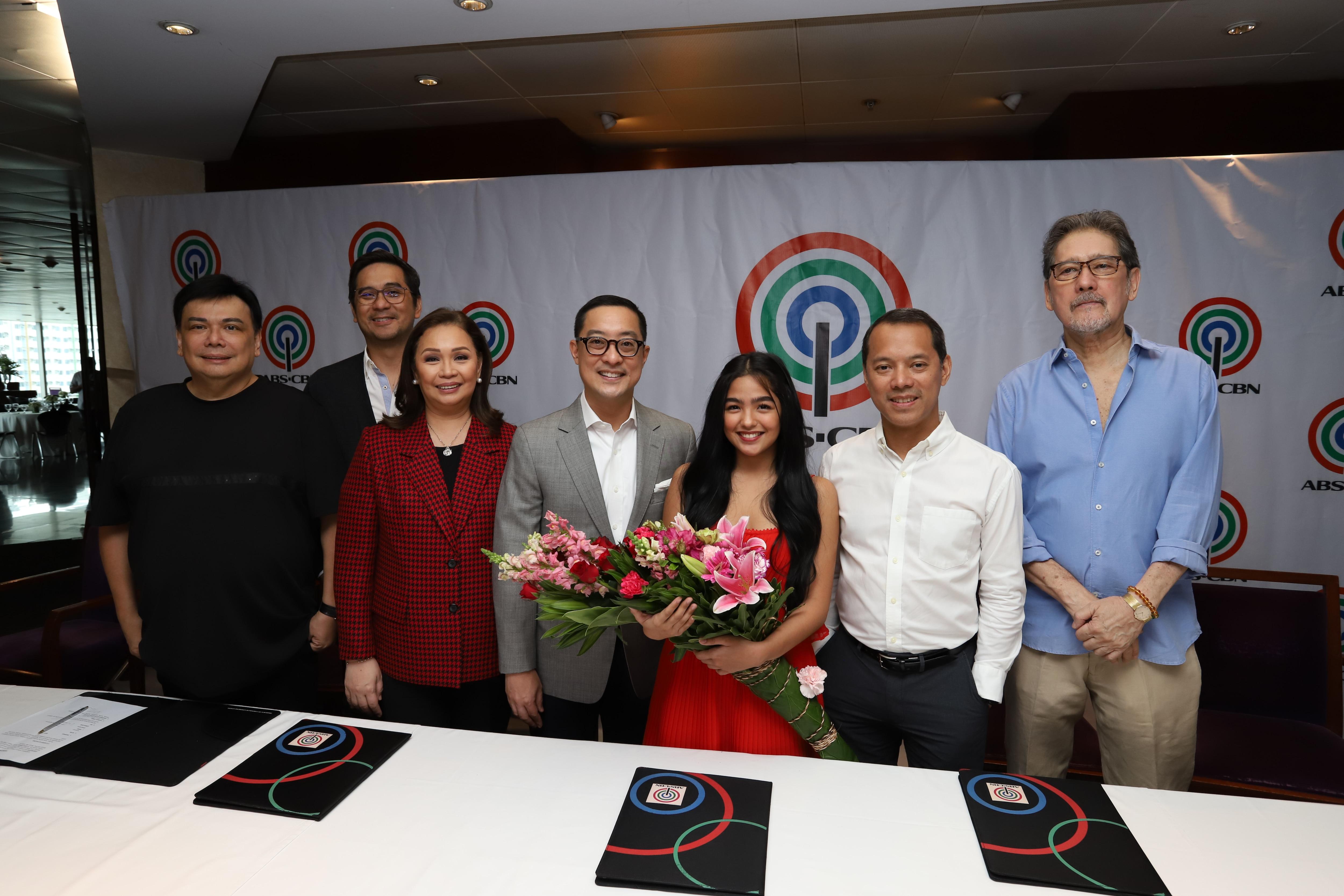 Andrea Brillantes with ABS CBN executives