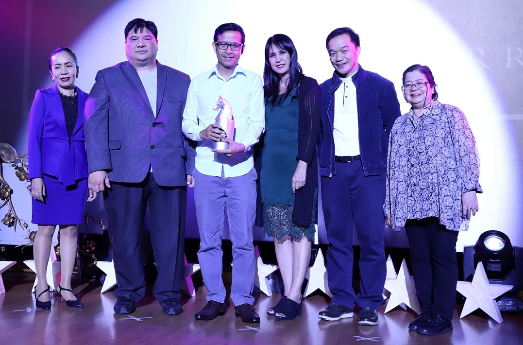 DZMM's Dexter Ganibe was recognized as Outstanding Trinitian Media Practitioner in the field of radio