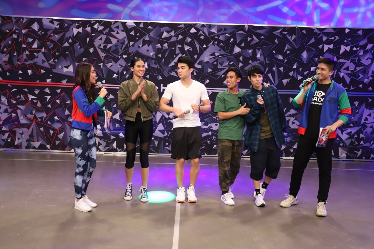 Team LAYF Lou, Andre, Yamyam, and Fumiya at the Hado media launch with Hado Pilipinas hosts Denice (leftmost) and Vince (rightmost)