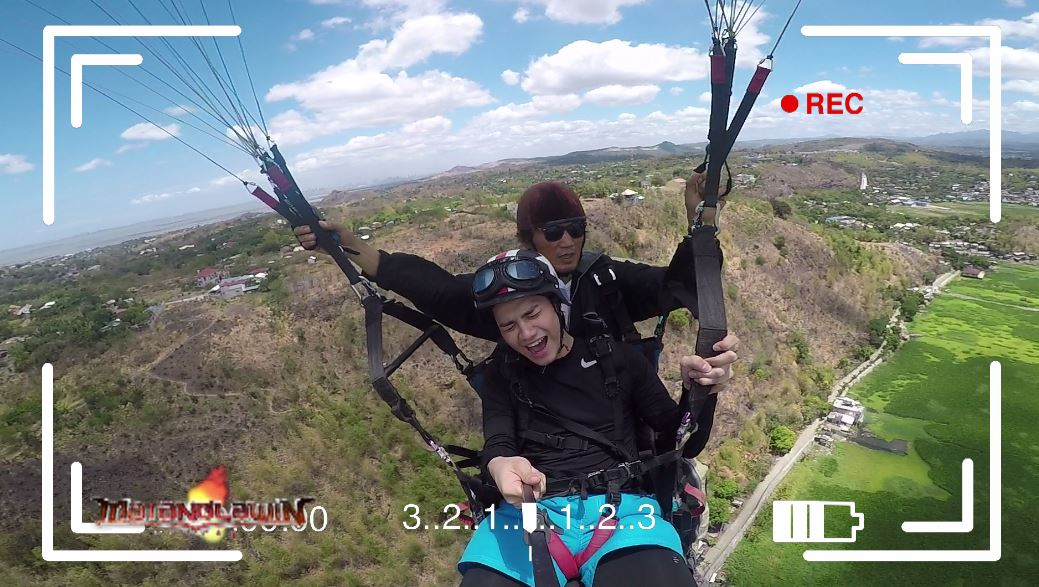 Watch Kid Yambao face his fear of heights in Binangonan, Rizal as he conquers the skies on a paraglider in Matanglawin
