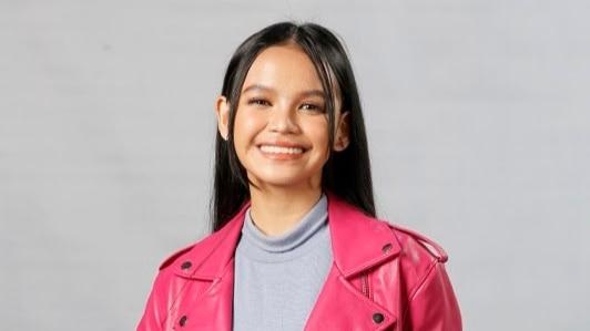 """Zephanie Dimaranan is hailed first """"Idol Philippines"""" champion"""