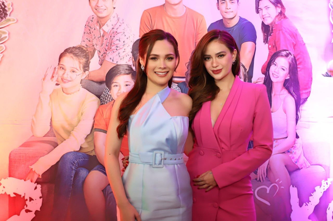 Alyssa Muhlach and Arci Munoz