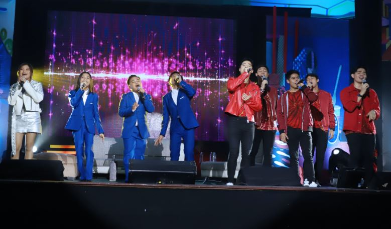 Janine Berdin, the TNT Boys, and Boyband PH perform for delegates at the Pinoy Media Congress Year 13
