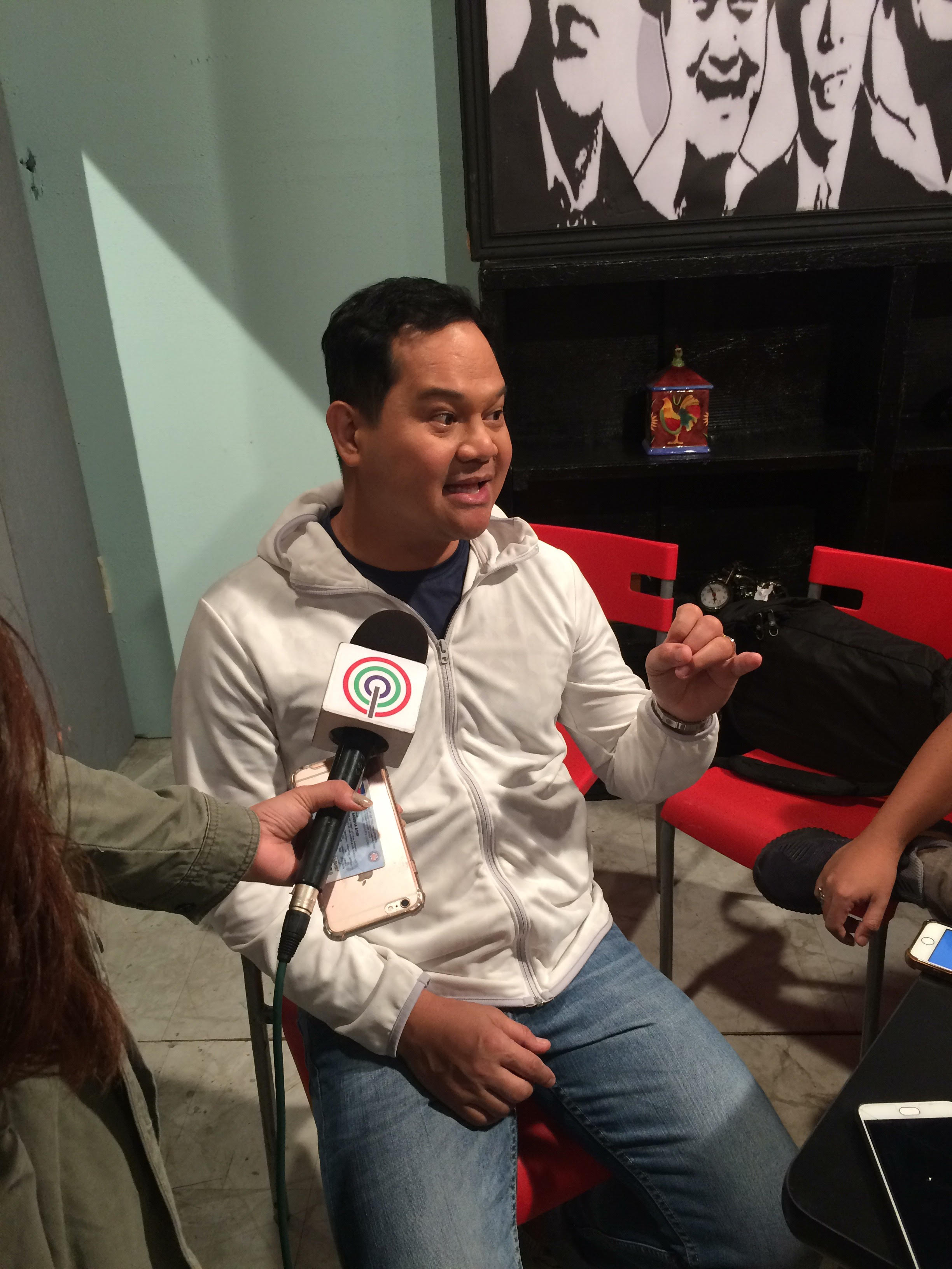 Funny Ka Pare Ko star Bayani Agbayani plays the padre de familia, Bigboy Delyon who now runs a successful restaurant with his wife, Carla played by Karla Estrada
