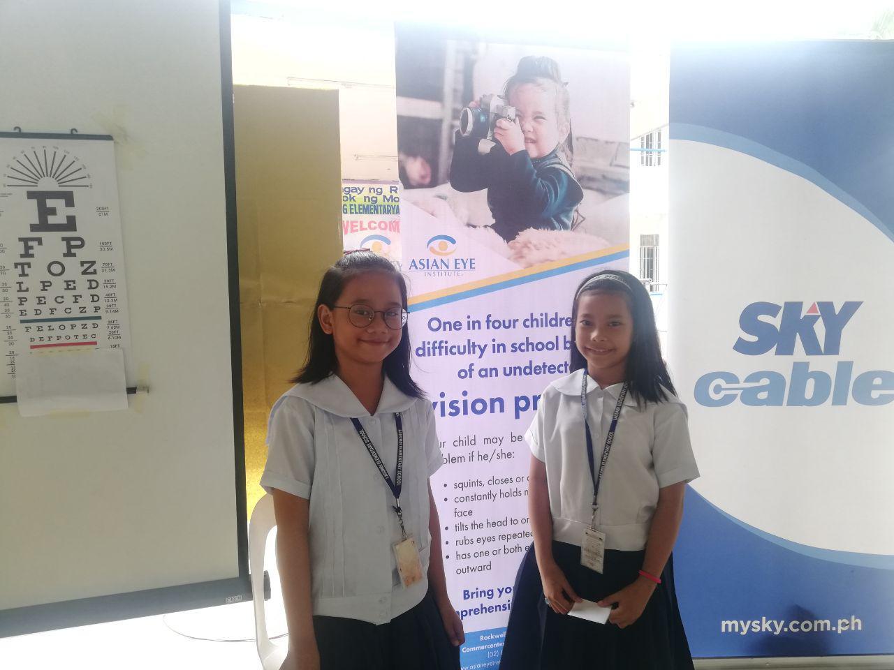 Zacquia Chua and Cassandra Baral of Lagundi Elementary