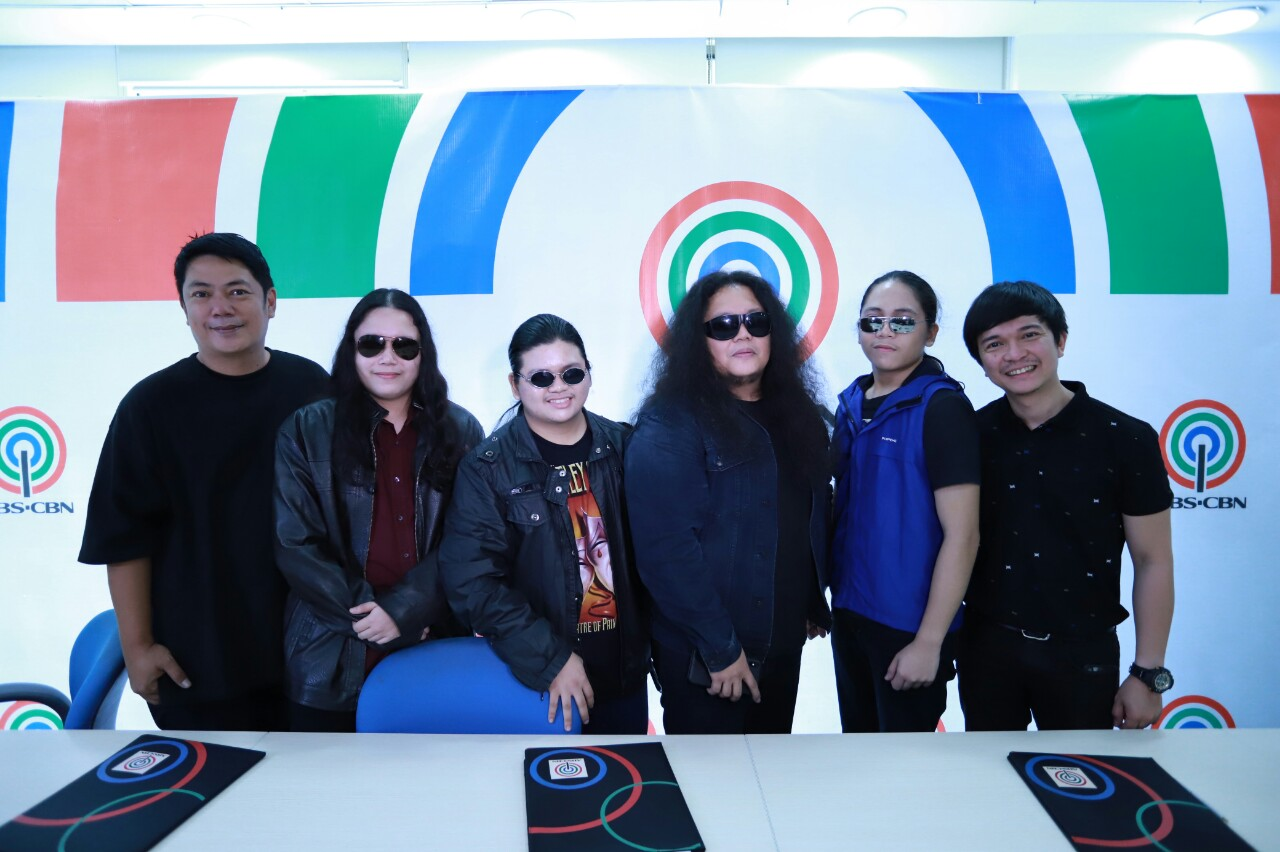 Solabros com band together with Roxy Liquigan and Jonathan Manalo of Star Music